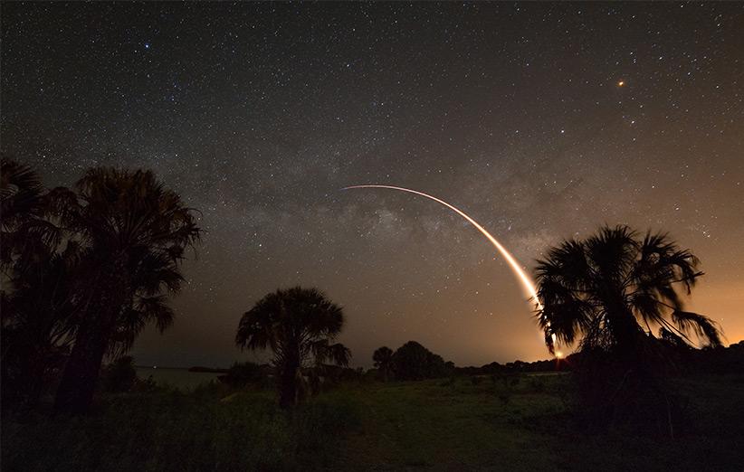 تصویر نجومی روز ناسا (۲۵ اردیبهشت ۹۵): فالکن ۹ و راهشیری