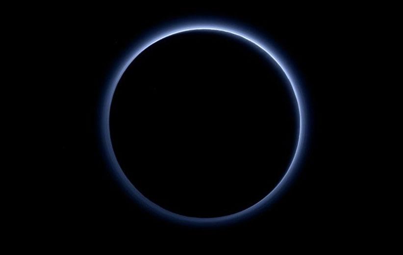 عکسهای جدید افقهای نو: پلوتو اتمسفری آبی رنگ دارد