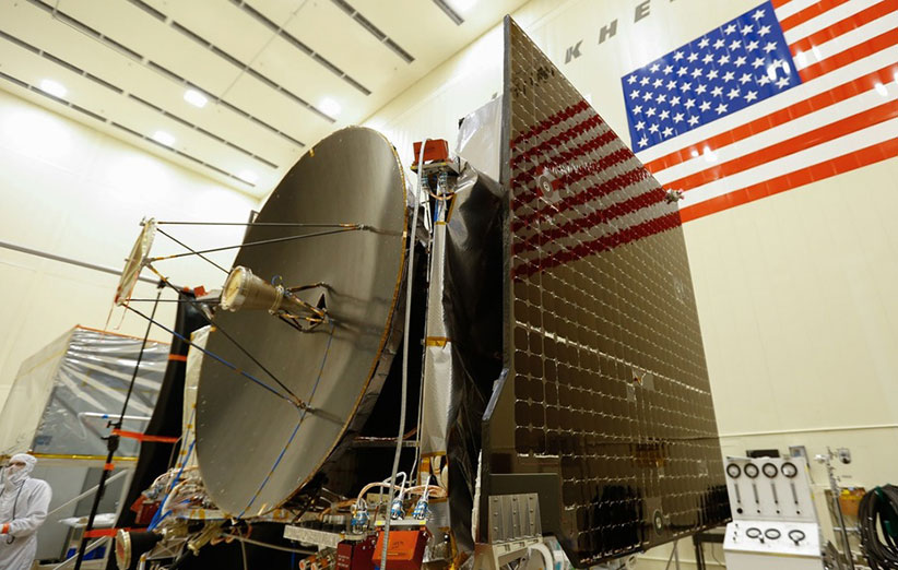 فضاپیمای نمونهبردار سیارکها آمادهی پرتاب میشود