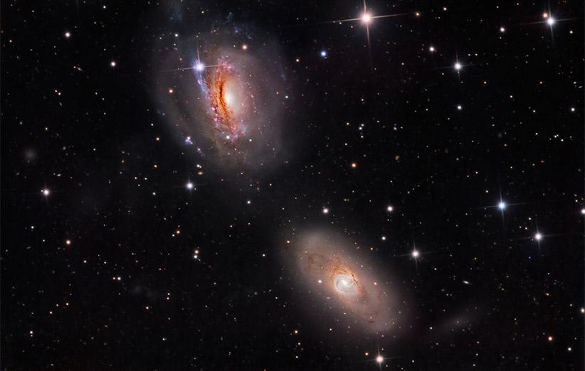 تصویر نجومی روز ناسا (۱۵ آبان ۹۴): دوقلوهای صورت فلکی سدس