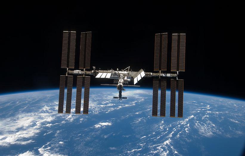 ایستگاه فضایی بینالمللی ۱۵ ساله شد