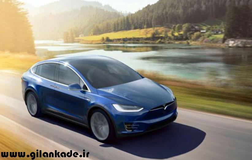 بروزرسان رانندهی خودکار برای خودروهای تسلا عرضه شد